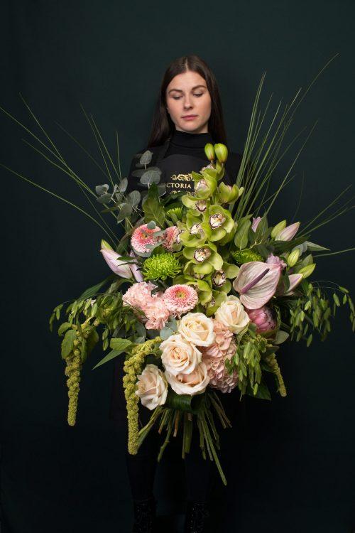 Victoria Flowers Athena