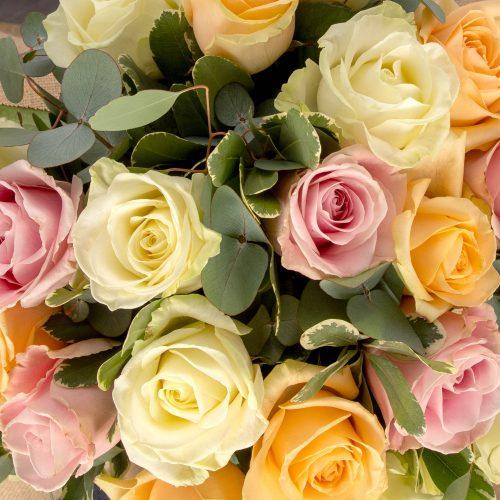 Roses, Hatbox flowers, Luxury flowers, Rosabella