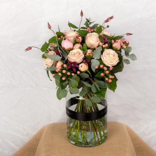 Peonies, Luxury flowers